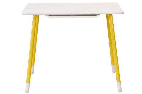 Flexa White bureau met in hoogte verstelbare poten en kantelbaar tafelblad. (whitewash, poten geel)