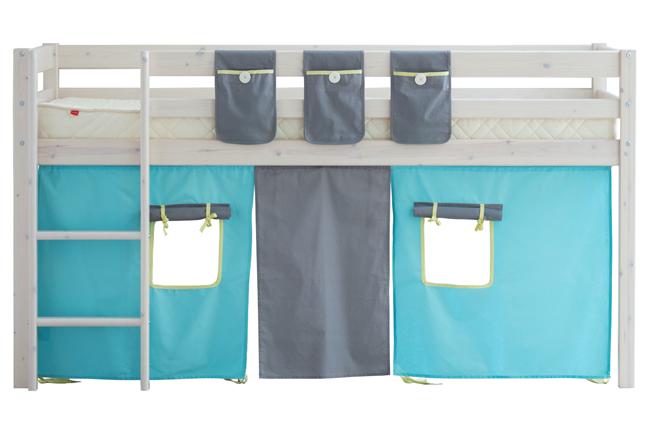 White wash halfhoogslaper Coral met tent uit de Thuka Hit collectie.  De halfhoogslaper is aan alle kanten uitgerust met een uitvalbeveiliging.