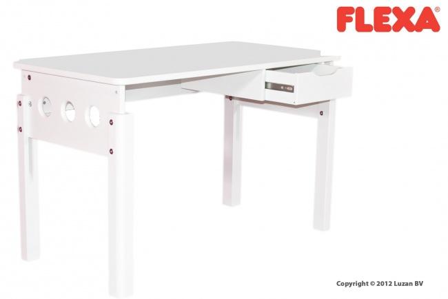 Een tijdloos, wit bureau van Flexa White, dat past in elke tienerkamer. Het bureau heeft een handige opberglade en is in hoogte verstelbaar.